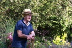 Andy McIndoe becomes the voice of Vitax Garden World...